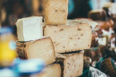 Sýr zabraňující bolest kolene