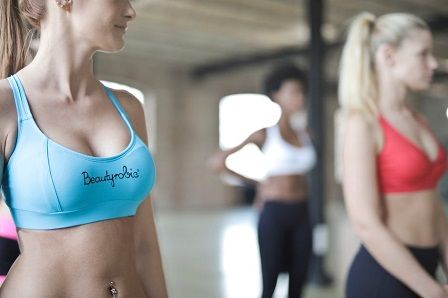 Fitness oblečení pro ženy - jak vybrat oblečení