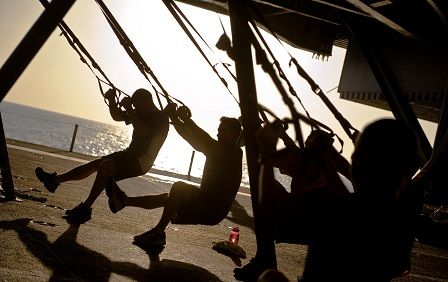 TRX cviky - cvičení venku