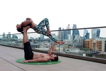 Cvičení s vlastní vahou - muži vs. ženy