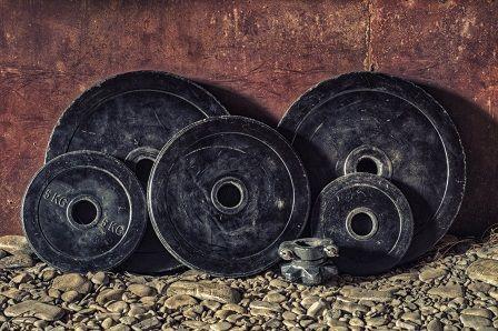 Nabírání svalové hmoty - cvičení s nízkou vahou