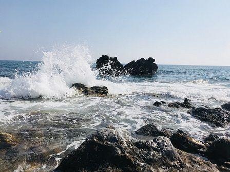 Cvičení u moře - skály