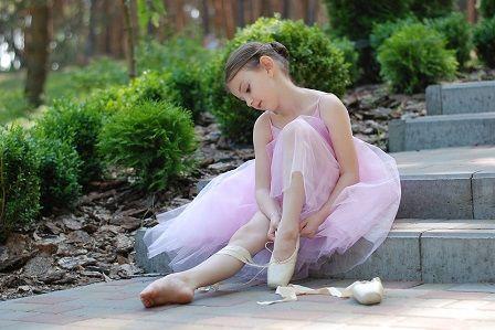 Natažené vazy v koleni - balet