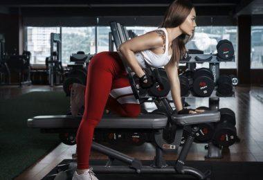Pevný zadek po silovém tréninku