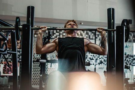 Závislost na cvičení u mužů