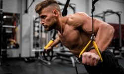 Zvolte správně dlouhé pauzy mezi jednotlivými cviky silového tréninku